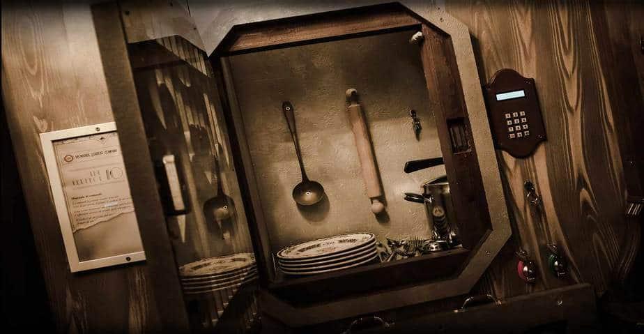 montacarichi titanic vintage scenografia escape room